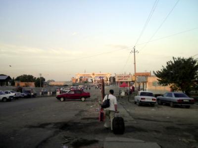 ユーラシア 西へ58: 「なが~い半日@カザフスタン」 と 「なが~い半日@ウズベキスタン」