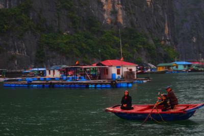 2012/Vietnam & Korea;2 <Halong Bay>世界遺産でChain!!