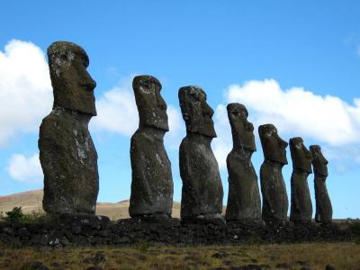 団塊夫婦の世界一周絶景の旅から−(10)あこがれのイースター島へ