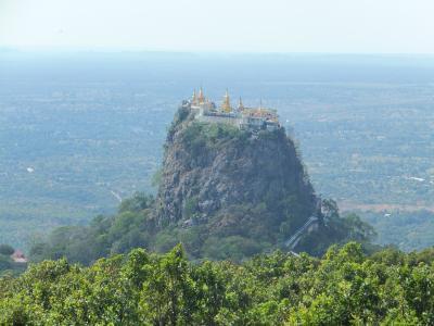 信仰深きミャンマーを旅して④~ポッパ山(タウン・カラッ)とエヤワディ川サンセットクルーズ