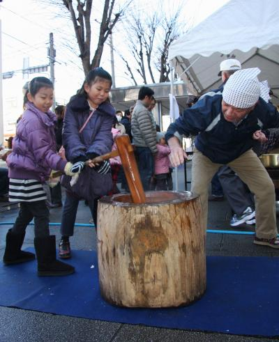 わが街小手指のもちつき大会 Rice cake making in my town Kotesashi