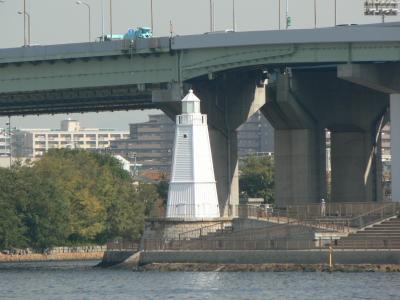 日本の旅 関西を歩く 大阪府堺市の旧堺燈台と与謝野晶子生家跡の碑周辺