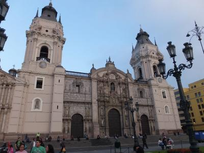 12年8月 未知のインカ文明の国、ペルーを巡る旅~ペルーの首都 リマの教会を巡る。