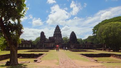 週末旅行 タイ東北部のクメール遺跡を尋ねて その5 ピマーイ遺跡公園(遺跡のパンフレットに則して)。