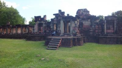 週末旅行 タイ東北部のクメール遺跡を尋ねて その7 パノムワン Prasat Hin Phanom Wan