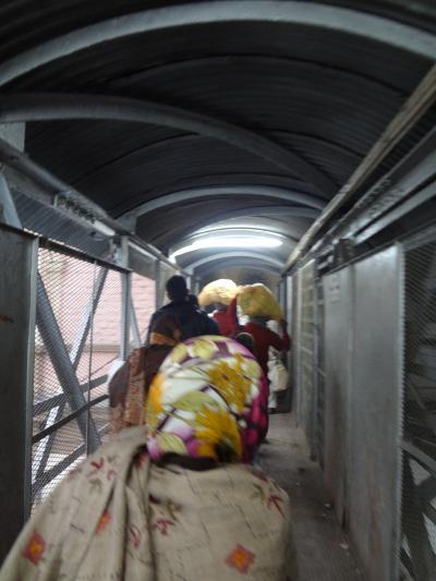 (2012冬)インド女二人11日間の旅【5日目:寝台列車でアグラへ】