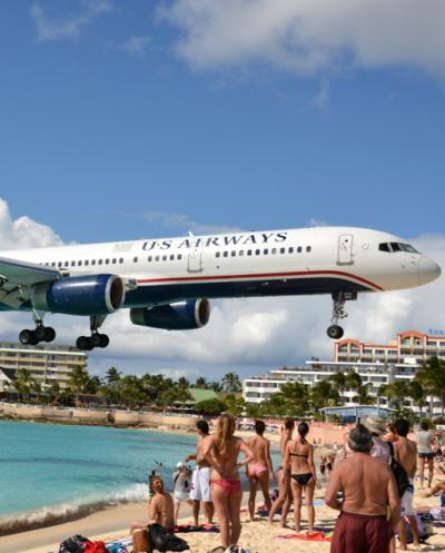 飛行機ファン、応答せよ!翼の聖地セントマーチン 2013