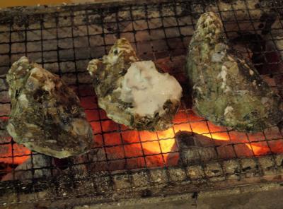 横浜海の公園にオープンした 期間限定かき小屋で、焼き牡蠣を堪能 2013年1月18日