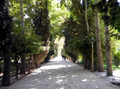 ユーラシア 東へ36: ペルシャのふるさと・シラーズ 「エラム庭園」