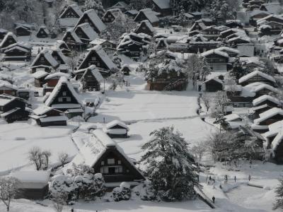 白川郷・相倉集落・菅沼集落 冬の世界遺産を巡る