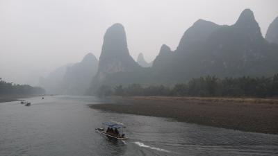 桂林観光(漓江下り・遇龍橋)