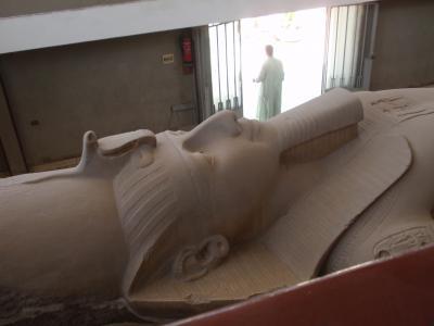 弾丸旅行。8月のエジプトは熱いなんてもんじゃなかった!(5)メンフィス・サッカラ・ダハシュール編
