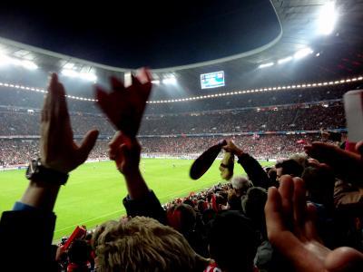 9月のミュンヘン -バイエルンのチャンピオンズリーグ開幕戦と練習見学-