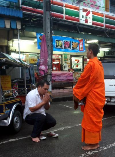 北タイの25寺院&北タイのグルメ旅 in チェンマイ★2011 13 7日目【CNX】