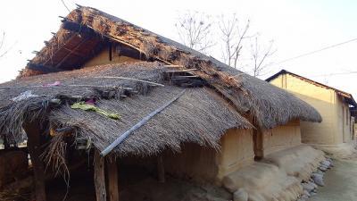 タルー族の村落を見学
