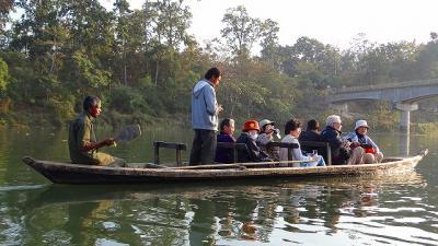 チトワン国立公園 ボート・サファリ 上巻