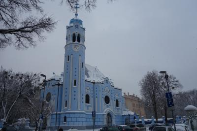 雪のブラチスラバ~青の教会とUFOの塔から見るブラチスラバ城、3時間で満足~