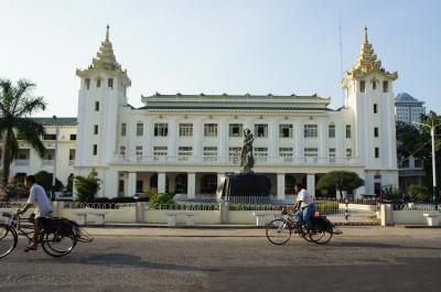ヤンゴンからキンブンまで 2012/02