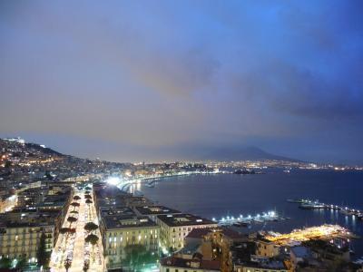 南イタリア旅行2013(5) カタコンベとナポリの夜景