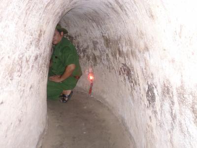 ベトナム10  クチのトンネル
