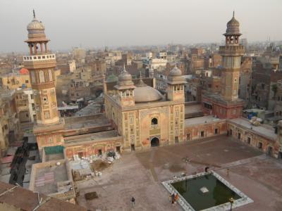 PAKISTAN 3 デリー門くぐり城壁内旧市街へ Lahore