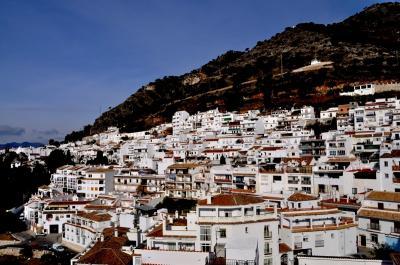 イスパニア冬紀行 ④ グラナダ近郊、ミハスやロンダを訪ねて・・