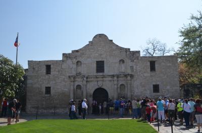 サンアントニオ:「アラモの砦」で名高い全米第8の都市
