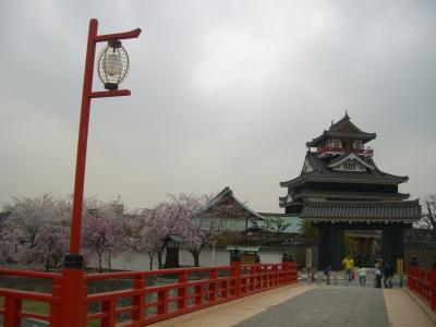 ≪清洲城の桜の満開≫ と ≪ふるさとのやかた≫