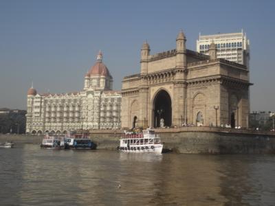 ムンバイでヨガ道場に通う