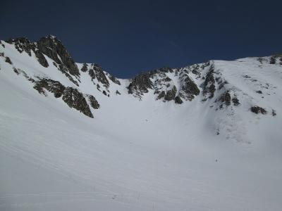 中央アルプス 千畳敷山スキー  伊那前岳の沢で滑落!   九死に一生で生還しました