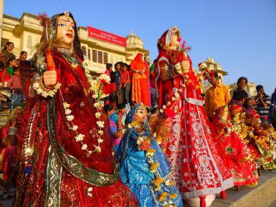 インド北西部再訪14★ウダイプルで写真配り~女たちの祭り