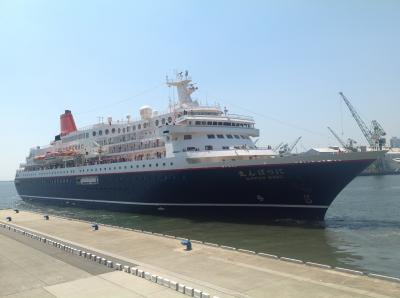 にっぽん丸 GW日本一周 神戸寄港 出港