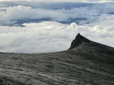東南アジア最高峰★キナバル山(4,095m)登頂 in マレーシア