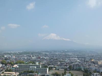 自転車でウロウロ… 市役所屋上からの富士山 2013.05.17
