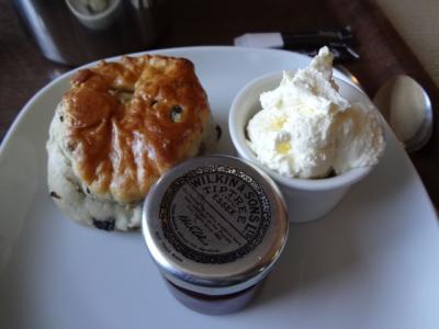 2013年英国紀行-6-25年ぶりのウェールズコンウィ、初めてのクリームティーは空前絶後の味