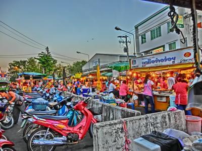 ミャンマーを中心にちょこっとタイも旅日記2012(16)チェンマイ→ピッサヌローク