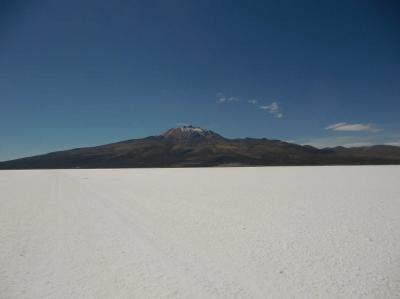 ウユニ塩湖と周辺の観光地−ポトシ県