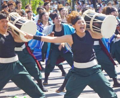 第22回YOSAKOIソーラン祭り(2013年)平岸会場13(関学よさこい連 炎流、夢鼓道大地21、朝霞なるこ遊和会)