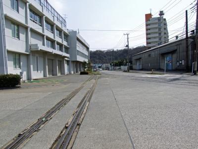 田浦に残る鉄道線路