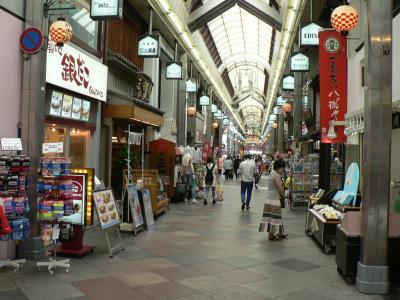 日本の旅 関西を歩く 京都市、新京極通(しんきょうごくどおり)善長寺(ぜんちょうじ)周辺
