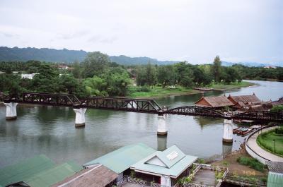 戦場に架かる橋