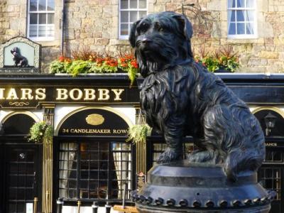 「スコットランドの忠犬ハチ公」 と 「エジンバラ城の運命の石」