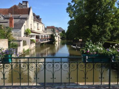 ドイツ-ルクセンブルク-フランス 鉄道とレンタカーの旅 個人旅行 6/7 トゥールの古城巡り_2