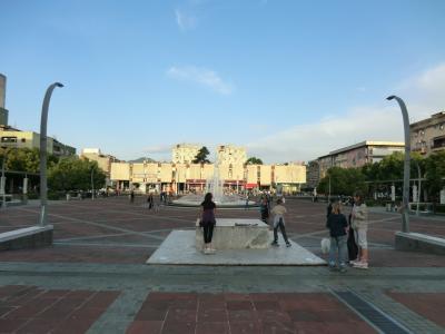 モンテネグロ共和国 ポドゴリツァ=共和国広場周辺編