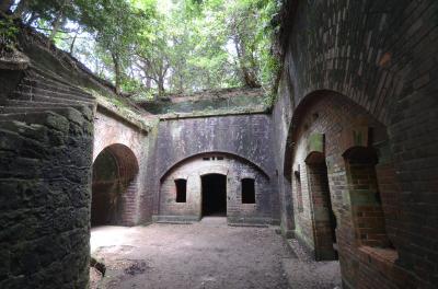 魅惑の島旅 遺跡探索気分で友ケ島要塞へ
