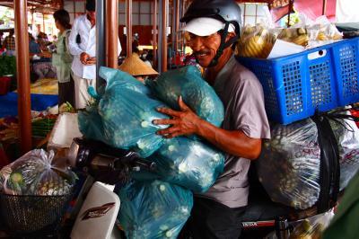 ランタンが照らしだす古都の街並み in Hoi An★2012 06 5日目【Hoi An】