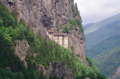 東トルコの旅 (スュメラ僧院)