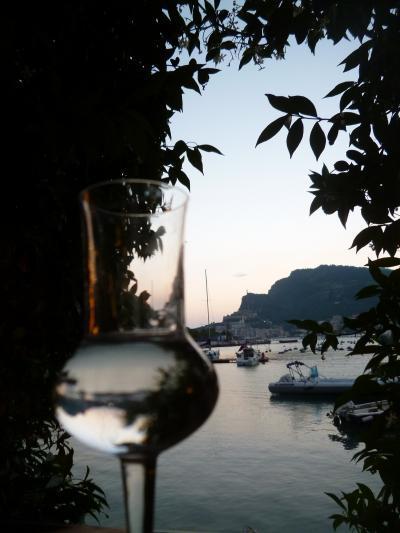 優雅な夏バカンス イタリア・東リビエラの旅♪ Vol75(第6日目夜) ☆パルマリア島:オーペルジュ「Locanda Lorena」の素晴らしい夕暮れを眺めながらシーフードディナーを頂く♪