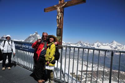スイス花とハイキングの旅・クラインマッターホルン2