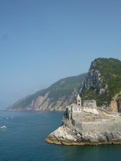 優雅な夏バカンス イタリア・東リビエラの旅♪ Vol81(第7日目午前) ☆パルマリア島:世界遺産パルマリア島をトレッキング♪絶景のポルトヴェネーレを眺めて♪